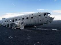 Flugzeugwrack nahe vik Island Stockfoto