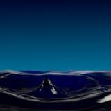 Fluidez do gotejamento, uma cratera pequena, uma coluna e gotas da água fotografia de stock