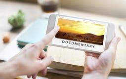 Fluindo o conceito audio do Internet do entretenimento dos multimédios Fotografia de Stock Royalty Free