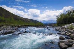 Fluir el río Imagen de archivo