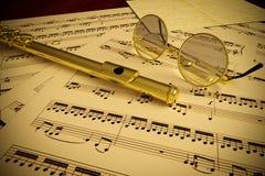 Fluit en Glazen stock illustratie
