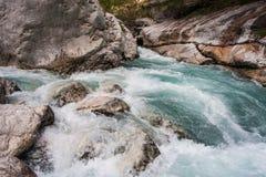 Flujo rápido del río de Verdon Fotos de archivo