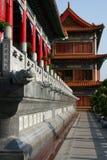 Flur im chinesischen Tempel stockbild