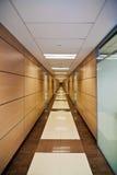 Flur im modernen Büro Lizenzfreies Stockbild