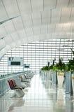 Flur zum Gatter am Suvarnabhumi Flughafen Lizenzfreies Stockbild
