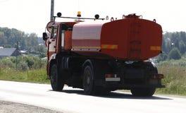 Flusher οδών μηχανή ή ειδικά καθαρίζοντας μηχανήματα με το ψαλίδισμα pth στοκ φωτογραφίες
