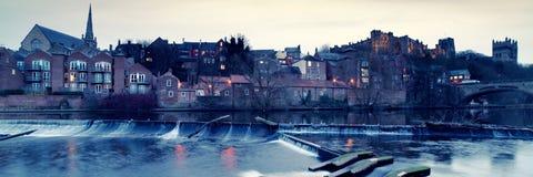 Fluss-Abnutzung in Durham stockfotografie