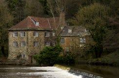Fluss-Abnutzung in Durham stockfoto