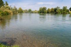 Fluss Adda, Lombardei, Norther Italien Lizenzfreie Stockbilder