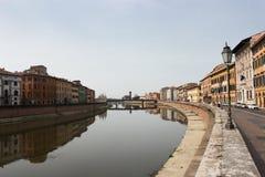 Fluss Arno, Pisa, Italien Lizenzfreies Stockbild