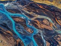 Fluss der Vogelperspektive und der Draufsicht in Island Schönes natürliches BAC Stockbilder