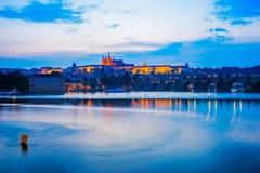 Fluss die Moldau, Charles Bridge Prague Czech Republic Stockfotografie
