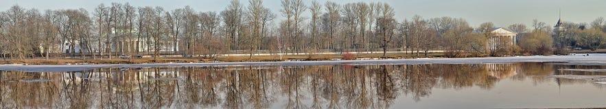 Fluss durchschnittliches Nevka St Petersburg Lizenzfreies Stockbild