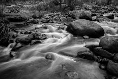 Fluss-Flusssteine Lizenzfreies Stockfoto