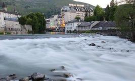 Fluss gab De Pau, Lourdes, Frankreich lizenzfreie stockfotos
