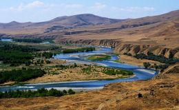Fluss in Georgia Lizenzfreie Stockfotografie