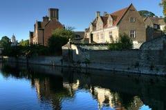 Fluss-Häuser Lizenzfreie Stockfotos