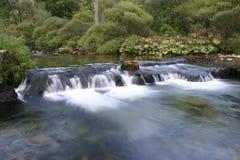 Fluss Iskretc Bulgarien lizenzfreie stockbilder