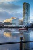 Fluss Lagan und das Hafenviertel Belfast Lizenzfreies Stockfoto