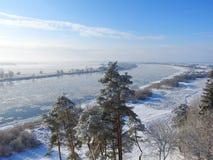 Fluss Nemunas im Winter, Litauen Lizenzfreie Stockbilder