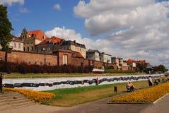 Fluss-Querneigung in Torun stockbilder