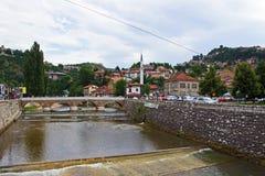 Fluss in Sarajevo Lizenzfreie Stockfotografie