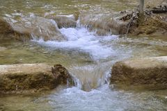 Fluss-Stromschnellen Stockfotografie
