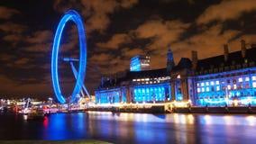 Fluss Themse nachts Stockfoto