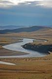 Fluss und Dorf Lizenzfreies Stockbild