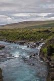 Fluss und Wasserfall Stockbilder