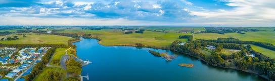 Fluss und Wiesen Hopkins stockbilder