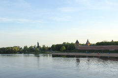 Fluss in Velikiy Novgorod Lizenzfreies Stockfoto