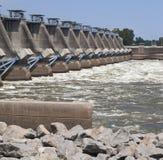 Fluss-Verdammung Lizenzfreie Stockbilder