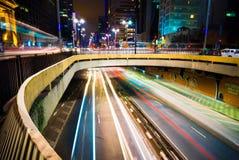 Fluss von Autos stockfotos