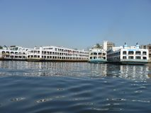 Fluss von burigonga Dhaka Bangladesch lizenzfreie stockfotos