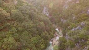 Fluss von oben stock video