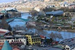 Fluss von Tiflis, Georgia lizenzfreie stockfotografie