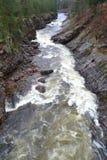 Fluss Vuoksa in Imatra, Finnland stockbilder