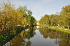 Fluss Wasser landschaft Park Abend-Garten Sommer Beautyglare Die Sonne harmonie freude Lizenzfreie Stockfotos