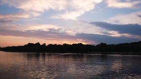 Fluss-Zeitspanne stock footage
