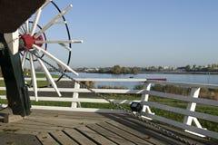 Flussansicht von der Landungswindmühle Stockfoto