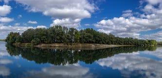 Flussbiegung Lizenzfreie Stockfotos