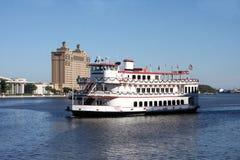 Flussboot an der Savanne, Georgia Lizenzfreies Stockfoto