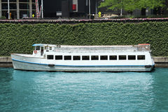 Flussbootsreiseflug Lizenzfreie Stockfotografie