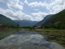 Flussflut in Montenegro-` s Bergen Lizenzfreie Stockbilder