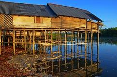 Flusshaus lizenzfreie stockbilder