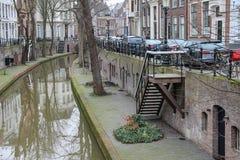 Flusskanal herein in der historischen Mitte von Utrecht, die Niederlande stockfoto