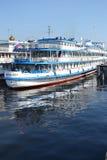 Flusskreuzschiff Stockbilder