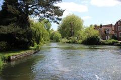 Flusso scorrente del fiume Fotografia Stock Libera da Diritti