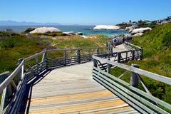 Flussstein-Strand in Cape Town Stockbild